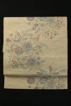 Mottled Brown Nagoya Obi (Rokutsu Hassun), Pretty Small Flowers Pattern / 杢生成り地 優しい花柄 六通八寸名古屋帯 #Kimono #Japan http://www.rakuten.co.jp/aiyama/