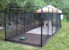 Wonderful Screen Top 5 Outdoor Dog Kennels Designed For Your Dogs Safety Tips . Wonderful Screen Top 5 Outdoor Dog Kennels Designed For Your Dogs Safety Tips … Wonderful Scre K9 Kennels, Dog Kennel Designs, Kennel Ideas, Dog Backyard, Outside Dogs, Dog Kennel Cover, Dog Yard, Cocker, Dog Cages