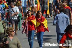 Miles de personas se concentran el 12 Octubre en Barcelona