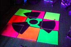 Great looking idea for UV rave decor  http://www.rave.ca/en/community_thread/36599/