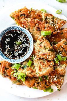 Scallion Pancakes (gluten free + vegan) Gluten Free Korean Food, Gluten Free Recipes For Dinner, Foods With Gluten, Gluten Free Cooking, Vegan Gluten Free, Dinner Recipes, Dairy Free, Dinner Ideas, Scallion Pancakes