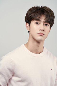 Korean Male Actors, Handsome Korean Actors, Korean Celebrities, Asian Actors, 80s Actresses, Korean Actresses, F4 Boys Over Flowers, Kwak Dong Yeon, Actors Funny