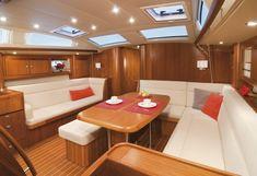 Innenraum der Sunbeam 53.2. #luxury  #yacht
