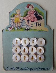 Lady Washington Pearls - card of buttons, vintage