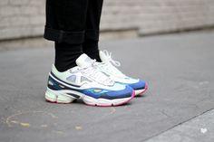 J'aime tout chez toi - Raf Simons x Adidas Ozweego sneakers
