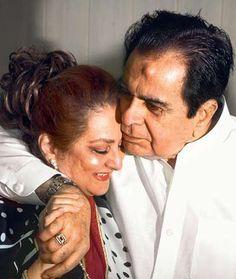 Dilip Kumar and Saira Banu's love story (see pics) Bollywood Couples, Bollywood Songs, Bollywood News, Bollywood Celebrities, Bollywood Updates, Great Love Stories, Love Story, Indian Bollywood Actress, Vintage Bollywood