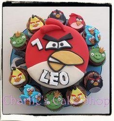 Angry Bird Cake & Cupcake