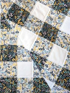 Menagerie Buffalo Check Quilt - A quick and easy baby quilt finish. Menagerie Buffalo Check Quilt - A quick and easy baby quilt finish. Quilt Baby, Baby Quilt Patterns, Owl Patterns, Cute Quilts, Easy Quilts, Bed Quilts, Amish Quilts, Gingham Quilt, Farmhouse Quilts