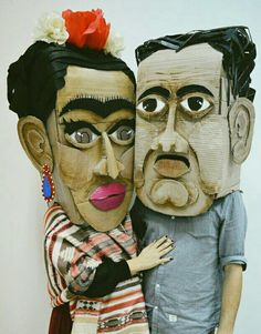 Frida Kahlo and Diego Rivera Halloween Costume DIY // Oh Lovely Bows Cardboard Costume, Cardboard Mask, Cardboard Sculpture, Frida E Diego, Frida Art, Diego Rivera, Mascara Papel Mache, Collage Kunst, Creation Art