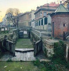 Buongiorno #Milano Ecco alla conca dell'Incoronata Foto di Marco Ponzano #milanodavedere Milano da Vedere