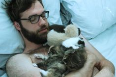 How could I not pin this? Beard, kittens, and glasses!!! Hot Damn!