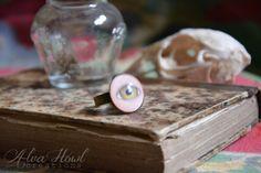 #ring #bague #eye #oeil #bijoux #jewelry #curiosities #curiosités #skull