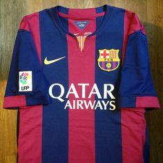 Relive Barcelona's La Liga season with this vintage Nike home football shirt. Fc Barcelona, Barcelona Football, Camp Nou, Messi 10, Lionel Messi, E Sport, Vintage Football, Uefa Champions League, Football Jerseys