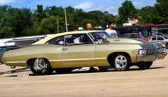 eddie big block 1967 chevy impala Seen a video of this 632 cubic inches of badassery General Motors, 1967 Chevy Impala, 67 Impala, Chevy Nova, Volkswagen, Toyota, Automobile, Chevy Muscle Cars, Drag Cars
