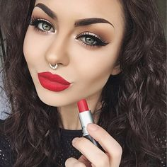 Gorgeous contour and highlight