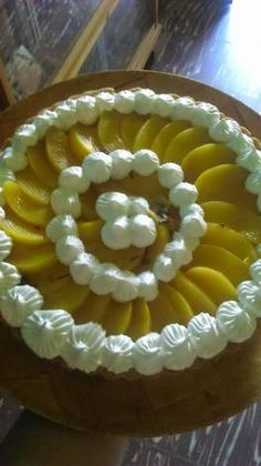 Tarta de durazno con crema pastelera