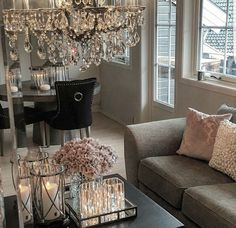 creating a glam & darling dining room Home Living Room, Apartment Living, Living Room Designs, Living Room Decor, Living Spaces, Apartment Interior, Dining Room, Living Room Inspiration, Home Decor Inspiration