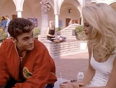 David & Donna Beverly Hills 90210 Like and Follow board for more bh90210 pictures! Best Tv Shows, Best Shows Ever, 90210 Fashion, Brian Austin Green, The Love Club, Melrose Place, Beverly Hills 90210, Saved By The Bell, Old Shows