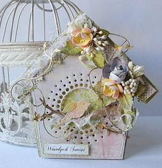 Dorota_mk: Domki Oh so beautiful. 3d Cards, Cool Cards, Birdhouse Craft, Birdhouses, Shabby Chic Cards, Flower Cards, Butterfly Cards, Beautiful Handmade Cards, Card Tags