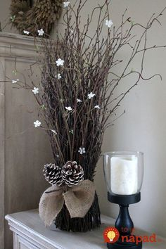 Beautiful Rustic Christmas Decorations You Can Easily DIY Christmas Fireplace, Primitive Christmas, Rustic Christmas, Christmas Home, Christmas Crafts, Christmas Ornaments, Eastern Holiday, Winter Floral Arrangements, Cosy Decor