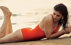 "Check out the exact circuit workout Alexandra Daddario did to get ""Baywatch"" fit."