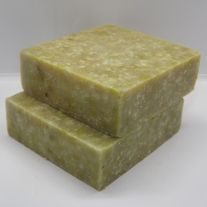 Scent of seaweed with a hint of oatmeal, mint, sea salt, and mint leaves  5 oz bar  Free shipping