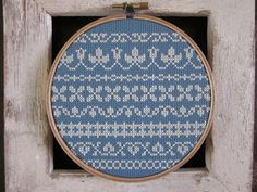 I want to make one of these. pretty  http://www.designsponge.com/2012/08/chez-sucre-chez-5.html