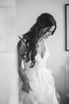Gorgeous bride portrait photo in classic B&W Bride Portrait, Portrait Photo, Wedding Portraits, Wedding Photographer Melbourne, Melbourne Wedding, Studio Portraits, Twenty One, The Twenties, One Shoulder Wedding Dress