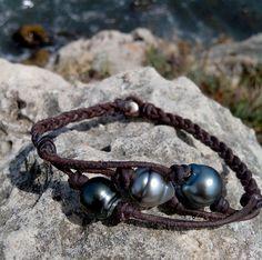 Tahitian trio gray pearls woman bracelet Australian by PerlaMundi, €170.00