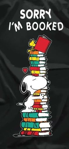 I love books and I love Snoopy! Snoopy Love, Charlie Brown And Snoopy, Snoopy And Woodstock, I Love Books, Good Books, Books To Read, My Books, Reading Quotes, Book Quotes