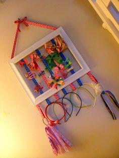 Para ordenar accesorios de niñas                                                                                                                                                                                 More