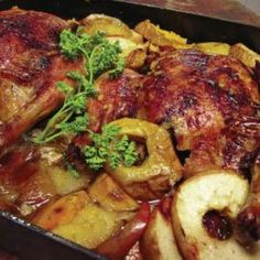 Rosh Hashanah Chicken with Cinnamon and Apples from Metz   Epicurious.com