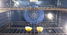 Turn Your Dirty Kitchen Clean Again With These 7 Awesome Cleaning Tips Lemon in oven to get rid of fruit flies Dirty Kitchen, Kitchen Hacks, Kitchen Cleaning, Bathroom Cleaning, Test Kitchen, Household Cleaning Tips, House Cleaning Tips, Oven Cleaning Hacks, Cleaning Supplies