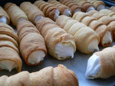 Tak a hotovo… takto Sushi, Food And Drink, Sweets, Bread, Cheese, Ethnic Recipes, Dessert Food, Vegetables, Food Cakes