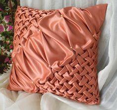De seda con cuentas de terracota del cojín de por SweetPillow4you