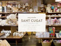 muy mucho Sant Cugat está en la calle Santa Maria, 38. Te esperamos!
