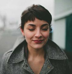 28.Short-Haircut-with-Bangs.jpg (500×513)