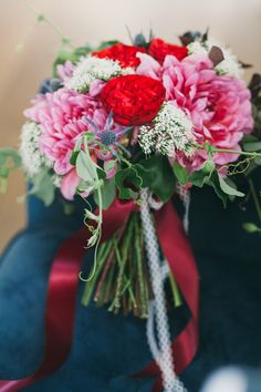 Bold Red and Pink Peony Bouquet | Alexandra Wallace Photography | Bold Boho Bridal Style for Autumn