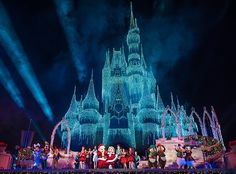 Here's what to expect during December 2017 at Walt Disney World in terms of weather, crowds, special events, and more. Basically, December is all about Chr