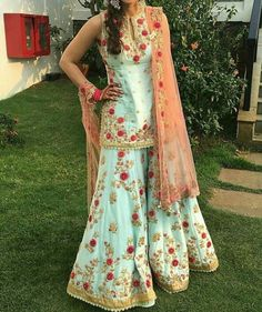 Beautiful Desi Pakistani Girls In Bra Without Dress Photos ...