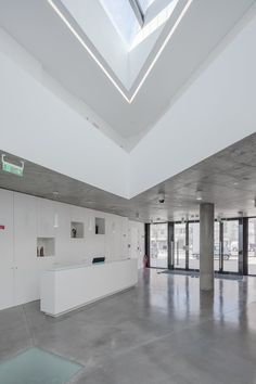 Pastoral Center Of Moscavide - Picture gallery