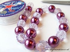 Daydream Believers Designs: Tutorial: DIY Chunky Bead Necklace for Girls