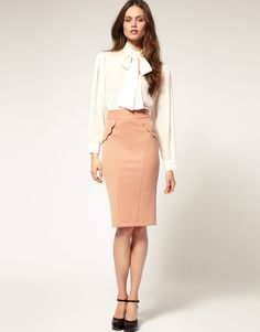 Love this whole outfit, especially the camel colored pencil skirt, very in right now.