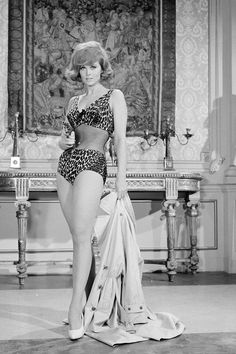 Tina Louise as Ginger Grant, Gilligan's Island Vintage Hollywood, Hollywood Glamour, Hollywood Stars, Hollywood Actresses, Classic Hollywood, Actors & Actresses, Tina Louise, Look Vintage, Vintage Beauty