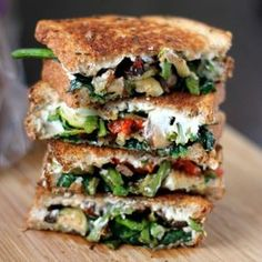 9 Gourmet Grilled Cheese Recipes That Are Totally Easy to Make Roasted vegetable grilled cheese sandwich Goat Cheese Sandwiches, Grill Cheese Sandwich Recipes, Gourmet Sandwiches, Veggie Sandwich, Grilled Cheese Recipes, Grilled Vegetables, Grilled Cheeses, Steak Sandwiches, Burger Recipes