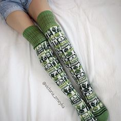 vikkyzm's Cactus Thigh High Socks, Thigh Highs, Cool Socks, Awesome Socks, Knitting Patterns, Knitting Ideas, Knitting Socks, Crochet Clothes, Leg Warmers
