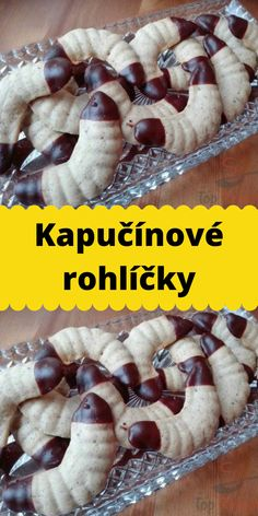 Kapučínové rohlíčky Czech Recipes, Christmas Cookies, Yummy Treats, Food And Drink, Sweets, Breakfast, Cookies, Bakken, Xmas Cookies