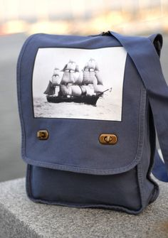 I've been lusting after this bag for quite a while.  Who wants to get it for me?