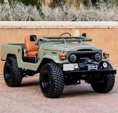 Custom Land Cruiser 40 series - Built to Order Toyota 4x4, Toyota Trucks, Toyota Hilux, 4x4 Trucks, Ford Trucks, Toyota Land Cruiser, Fj Cruiser, Jeep Cars, Jeep 4x4