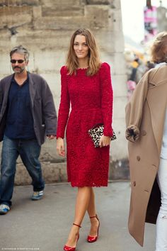 Amazing red lace Valentino dress! It's beautiful, but I don't think I could wear it- the dress shouldn't overtake the dress wearer.